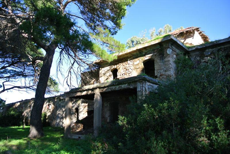 Villa mugoni sardegna abbandonata for Idea casa immobiliare sassari