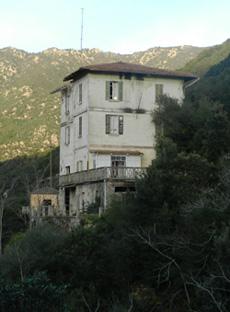 La casa del capo centrale della diga del Coghinas